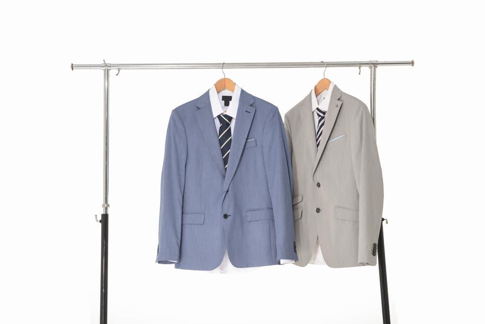 スーツ干し