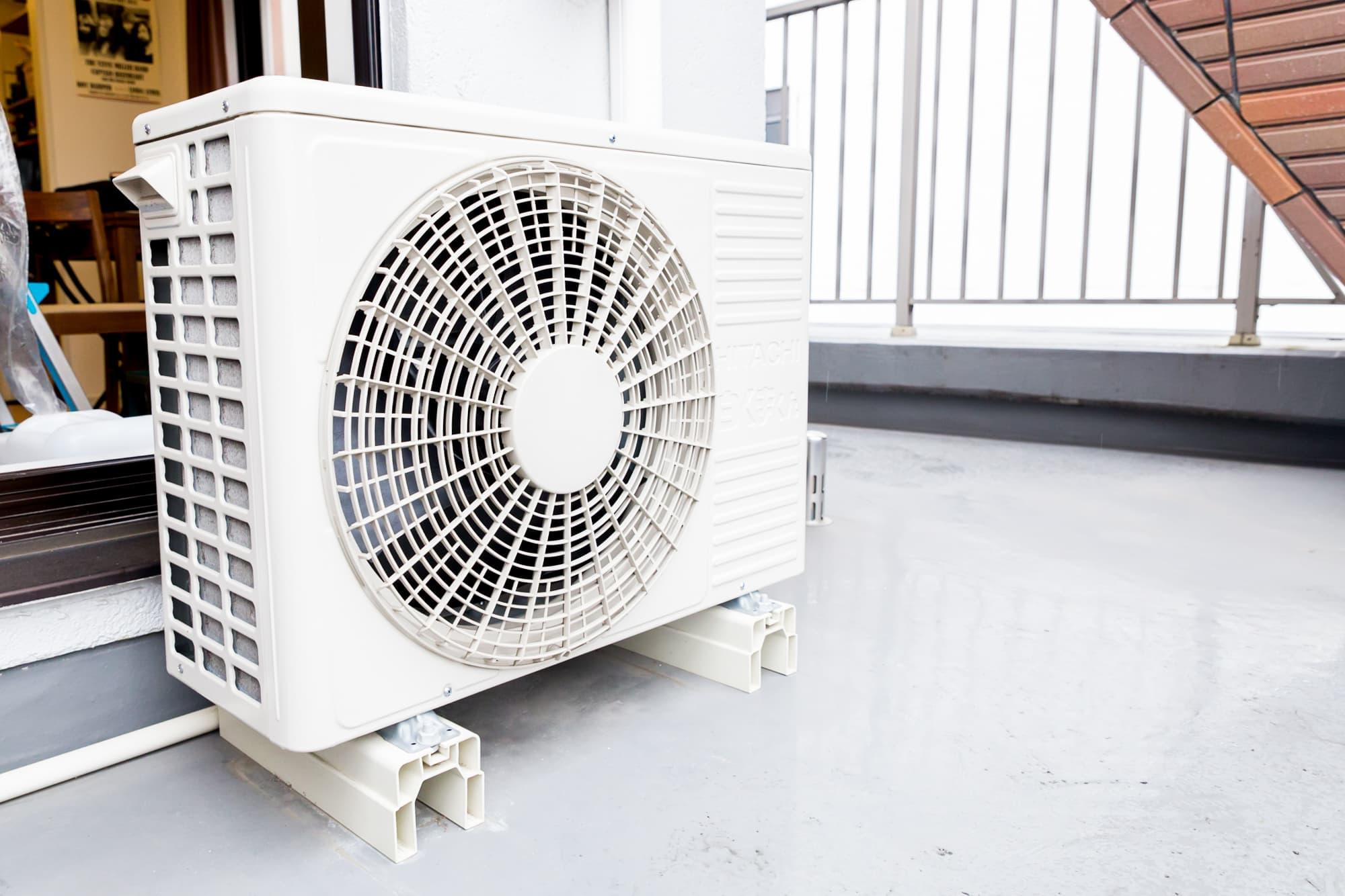 掃除 エアコン の 室外 機 エアコン室外機の掃除を自分でする方法を4ステップで紹介 【ファインドプロ】