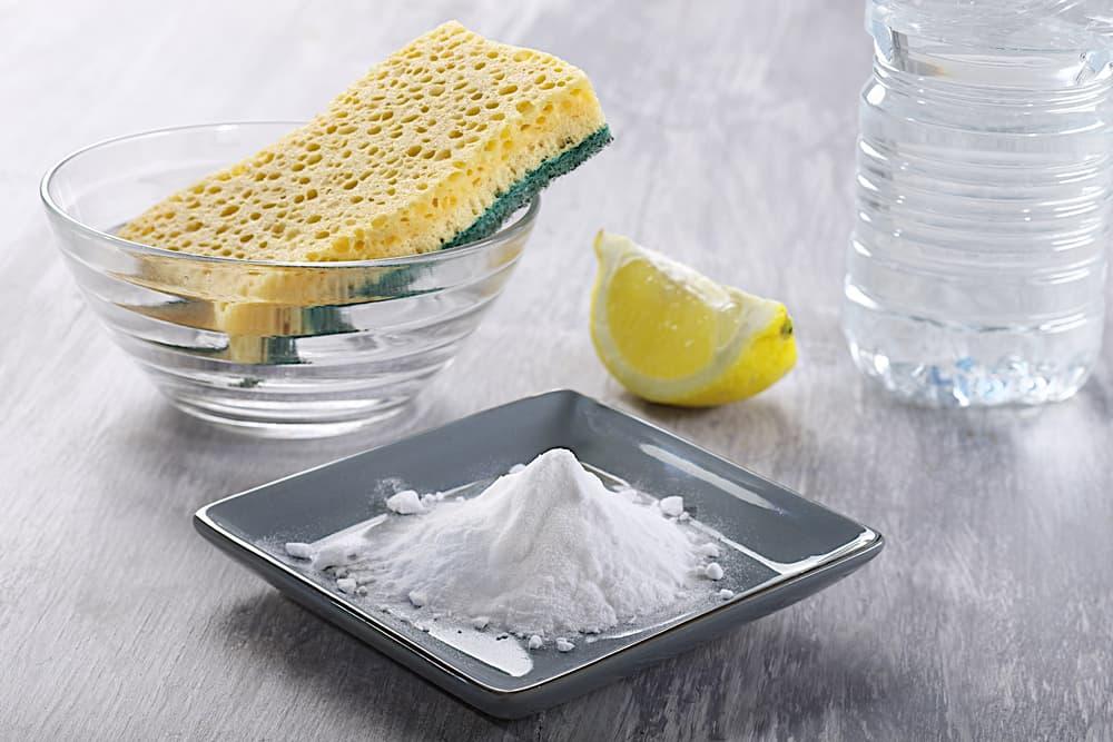 重曹やクエン酸など掃除に必要なアイテム