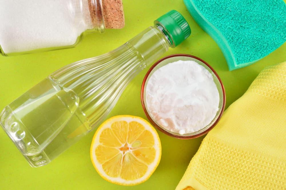 レモンや重曹など掃除に使用する物