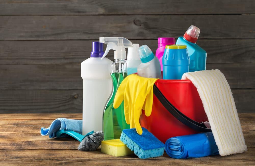 家庭で使う掃除道具