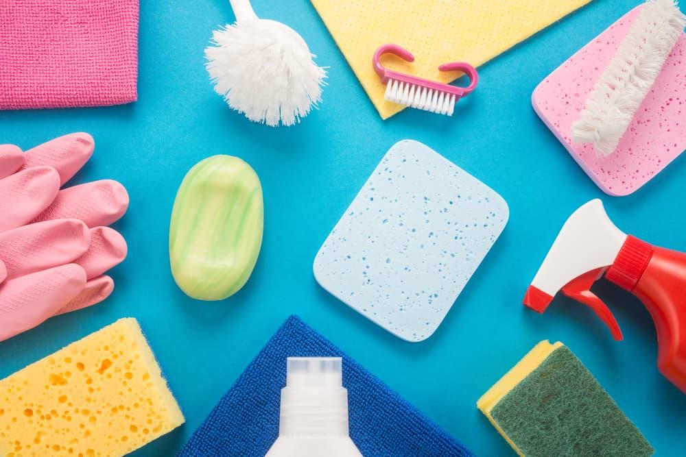 色彩豊かな掃除道具