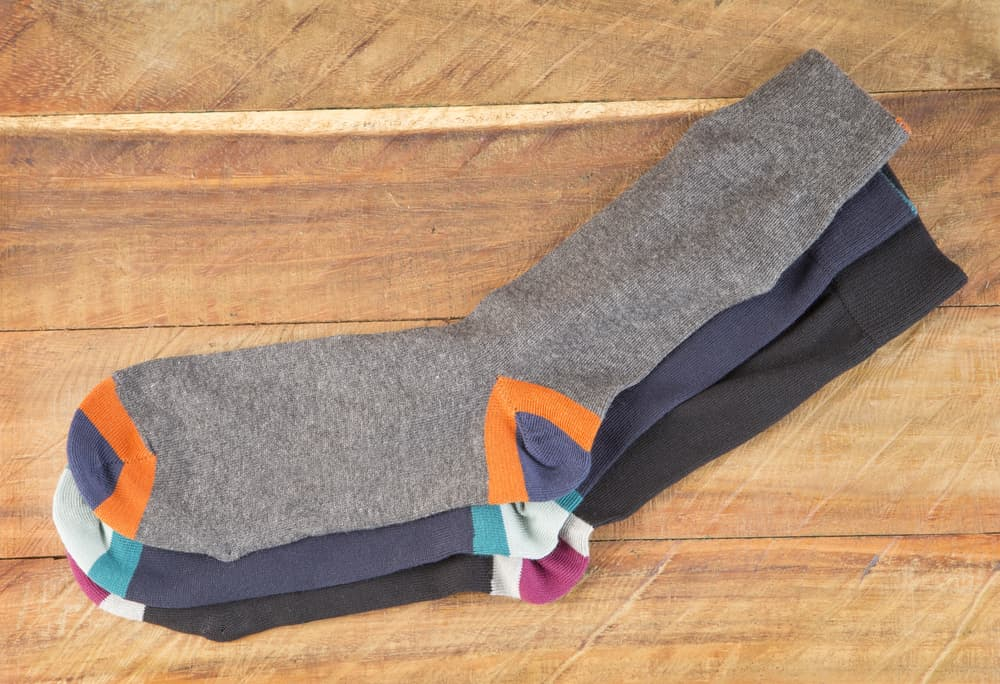 靴下が床に置いてある