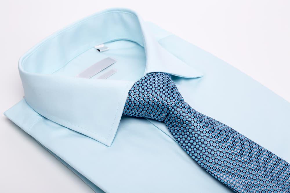 キレイに畳んであるワイシャツのアップ