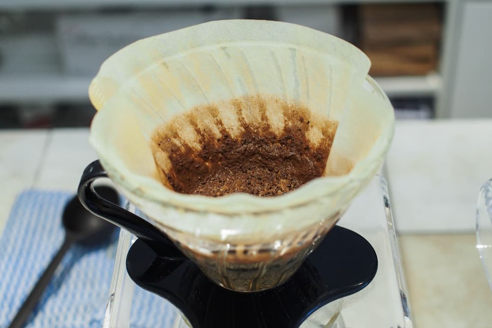 コーヒーメーカーのフィルターを使用した後