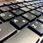 【超簡単】意外と汚いキーボードを掃除しよう!